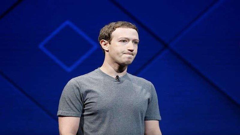 """""""نفق سري"""" في """"فيسبوك"""" لهروب زوكربيرغ!"""