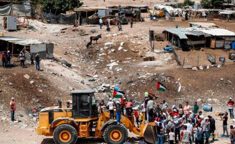 ليبرمان:إسرائيل لن تتفاوض مع ممثلي  الخان الأحمر