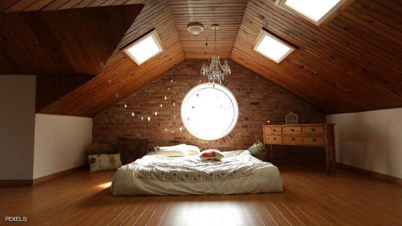 """على الرغم من تحذير المشتري..بيع غرفة نوم """"مسكونة"""" بألف دولار!"""