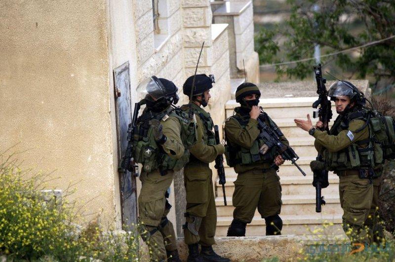 الاحتلال يستدعي شابا مقدسيا للتحقيق