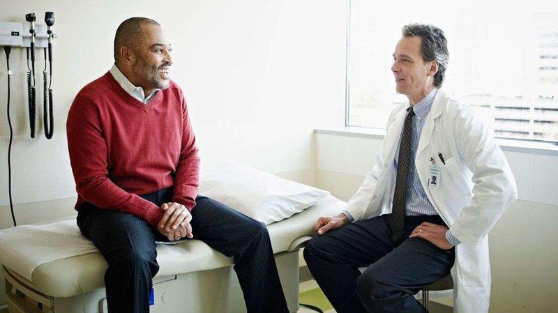 لماذا لا يحب الرجال الذهاب إلى الطبيب