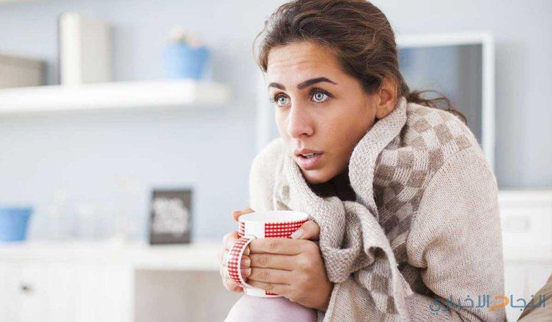 هل الشعور بالبرد الدائم يُخفي وراءه أمراضاً عدّة؟