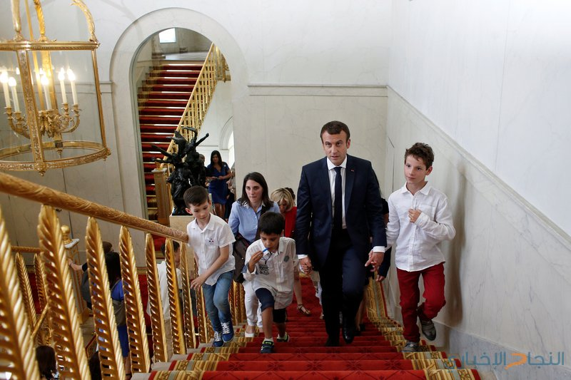 """فرنسا تلغي قرار """"نابليون"""" الخاص بضرب الأبناء"""