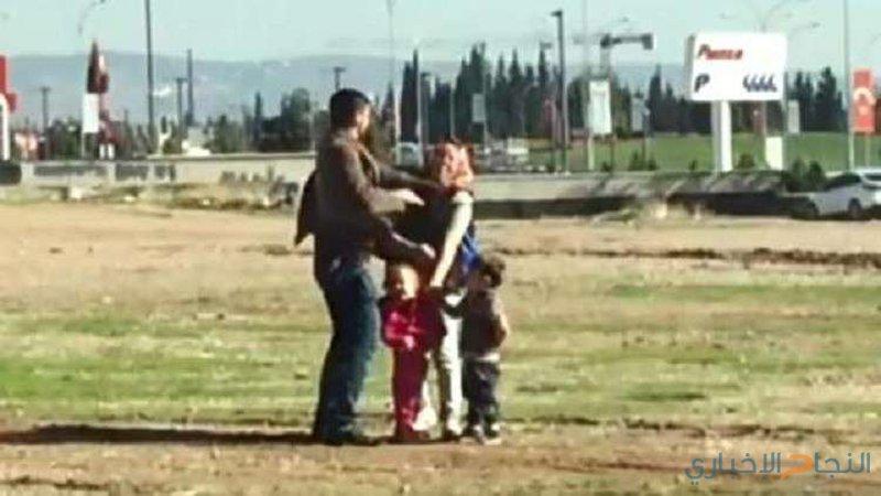 رجل يضرب زوجته أمام أطفالهما يثير سخط كبير
