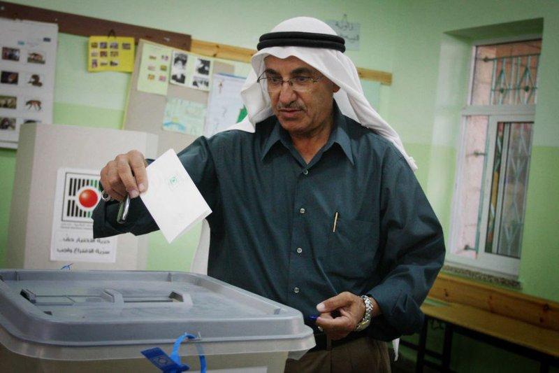 فتح: حماس تضع شروطاً في الانتخابات لعرقلتها