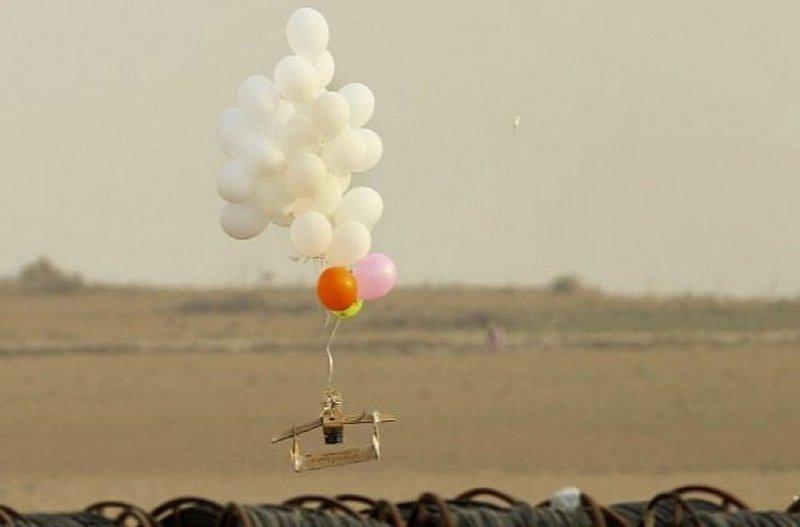 الاحتلال: انفجار بالونات مفخخة في غلاف غزة