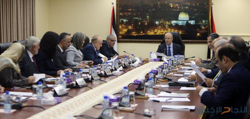 مجلس الوزراء يؤكد جاهزيته لاستيعاب 20 ألف موظف من غزة