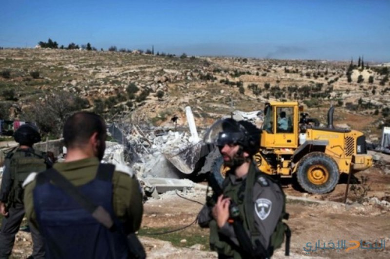 الاحتلال يخطر بوقف البناء في منزل شرق بيت لحم