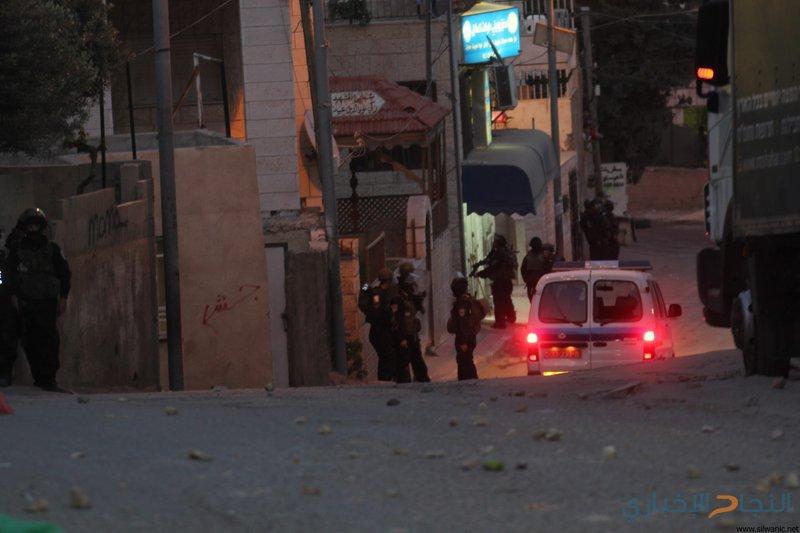 إصابات خلال مواجهات مع الاحتلال في العيسوية