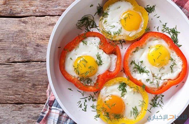 وصفة البيض في الفلفل الرومي