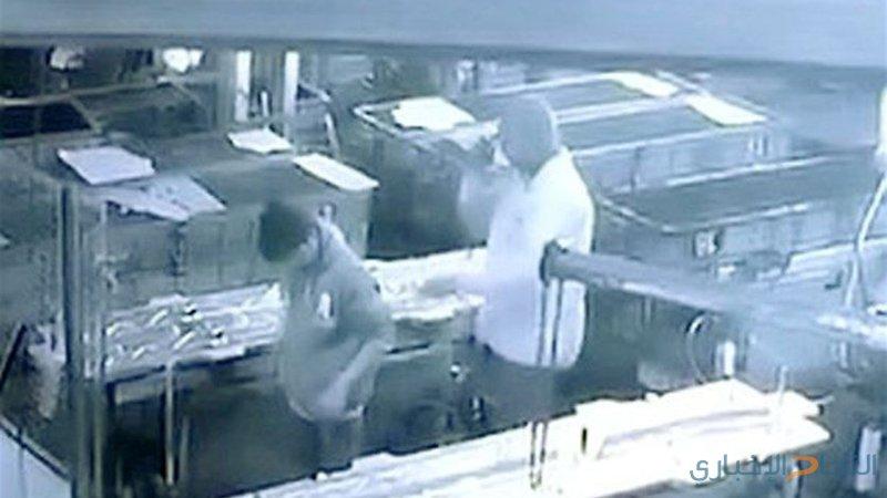 مقلب تحوّل إلى مأساة بسبب خرطوم ضغط للهواء (فيديو)