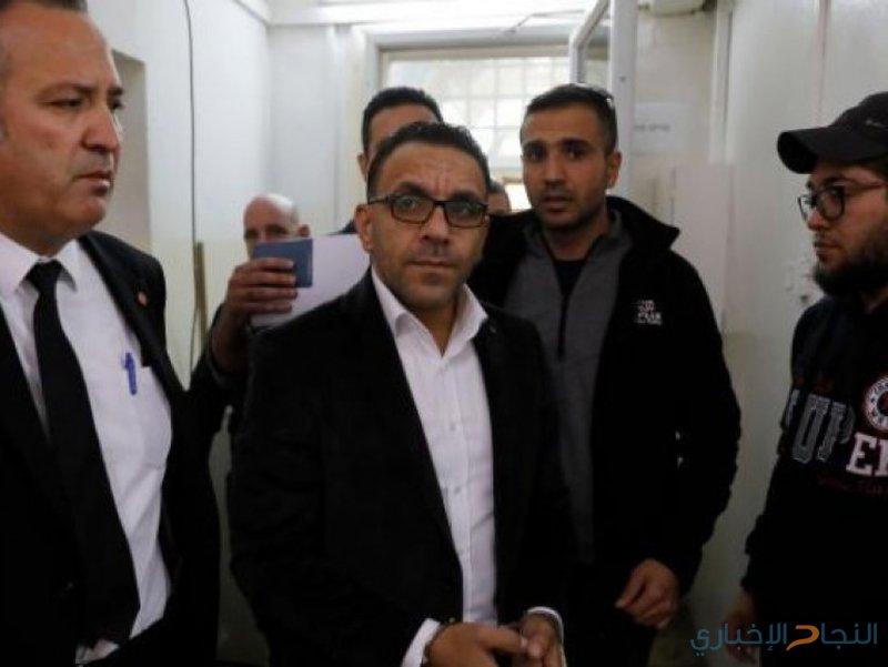 الاحتلال يصدر أمرا بمنع محافظ القدس من دخول الضفة
