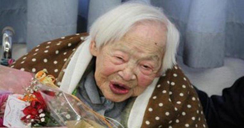 """يابانية تدخل """"جينيس"""" كأكبر معمرة في العالم.. كم عمرها ؟"""