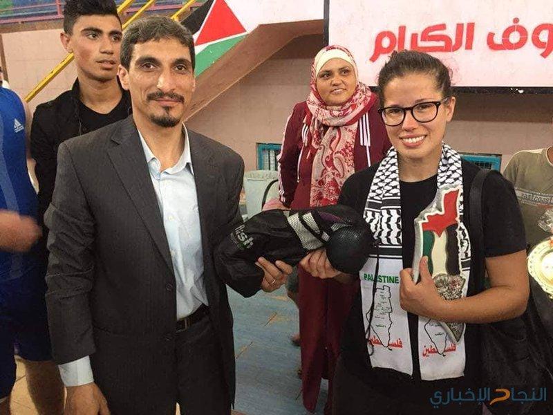 فيديو.. فتيات بغزة يبدعن في رياضة الملاكمة