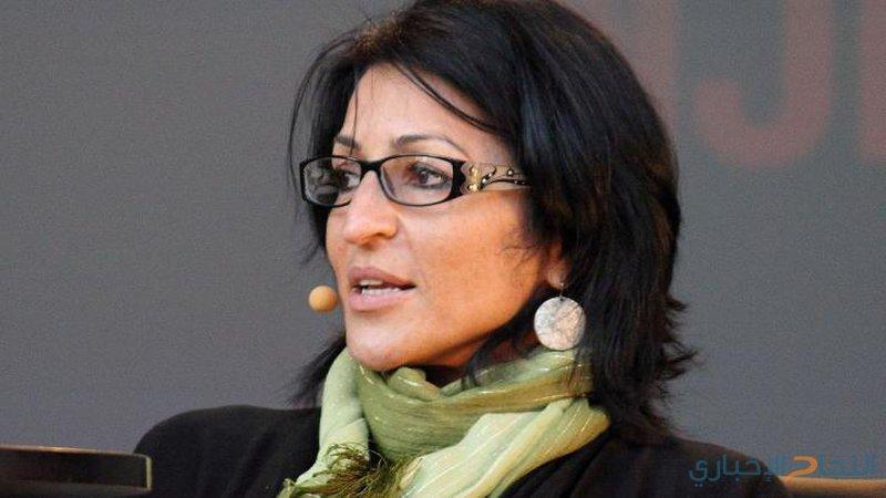 الاحتلال يمنع الكاتبة ابو الهوى من دخول فلسطين