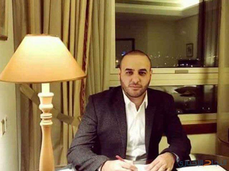 الاحتلال يعتقل صحفي ووالده وشقيقه