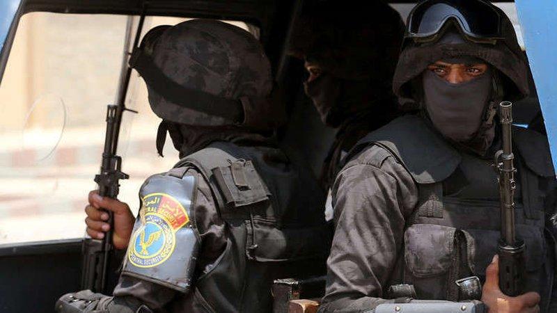 إحالة أوراق فتاة عشرينية للمفتي بسبب القتل والسطو