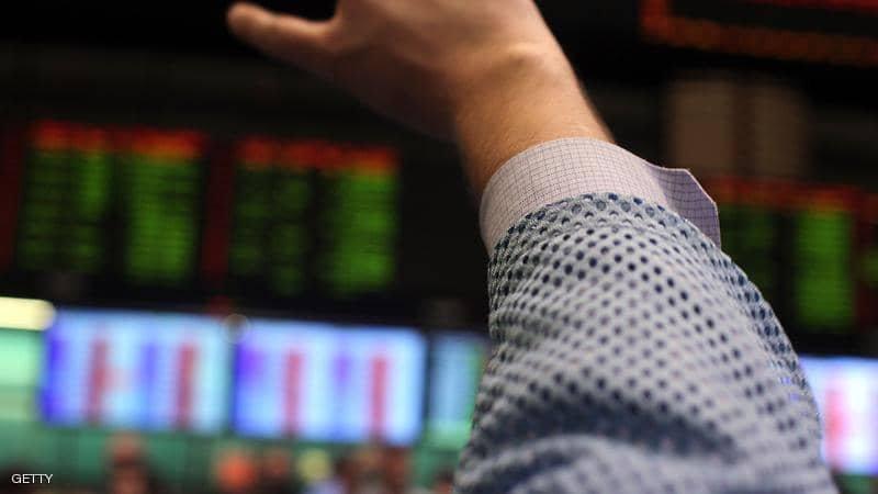 أسعار النفط تهبط وسط قتامة الآفاق الاقتصادية