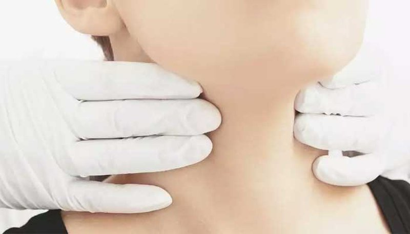 علاج قصور الغدة الدرقية بالأدوية