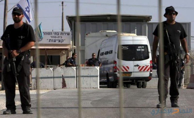 الاحتلال يُمدد اعتقال الجريح أحمد ادعيسات