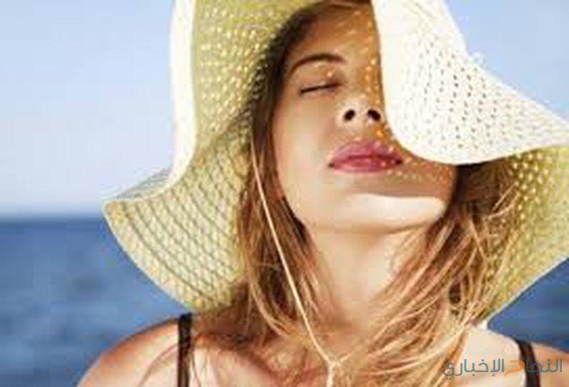 دراسة: تجنب الشمس يحمي من التجاعيد