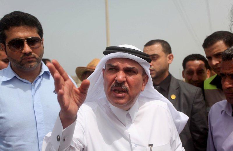 السفير القطري محمد العمادي يصل غزة