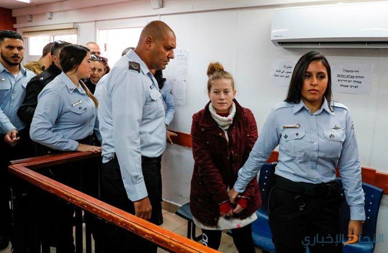 تمديد اعتقال الطفلة عهد التميمي