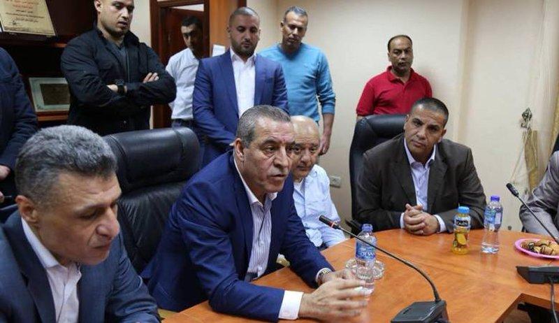 الشيخ ينفي حدوث لقاء مع منسق سلطات الاحتلال