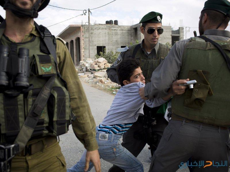 الاحتلال يحتجز طفلًا لساعات