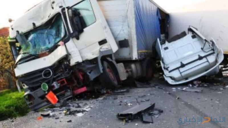 إثيوبيا.. 18 قتيلا باصطدام شاحنة عسكرية وحافلة