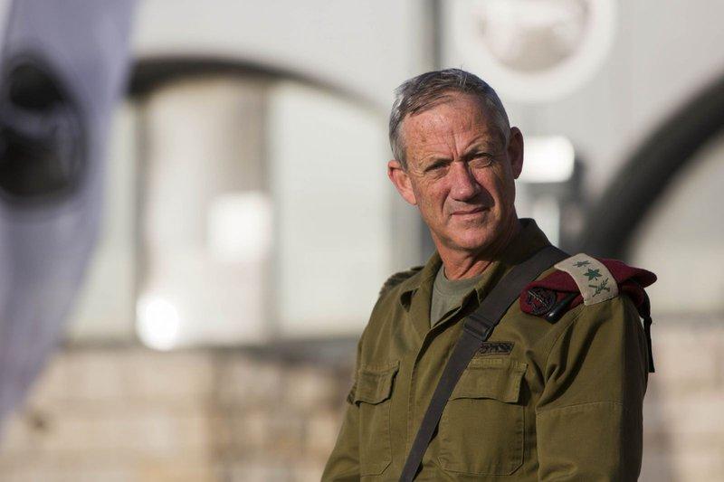 قناة إسرائيلية: اختراق هاتف بيني غانتس