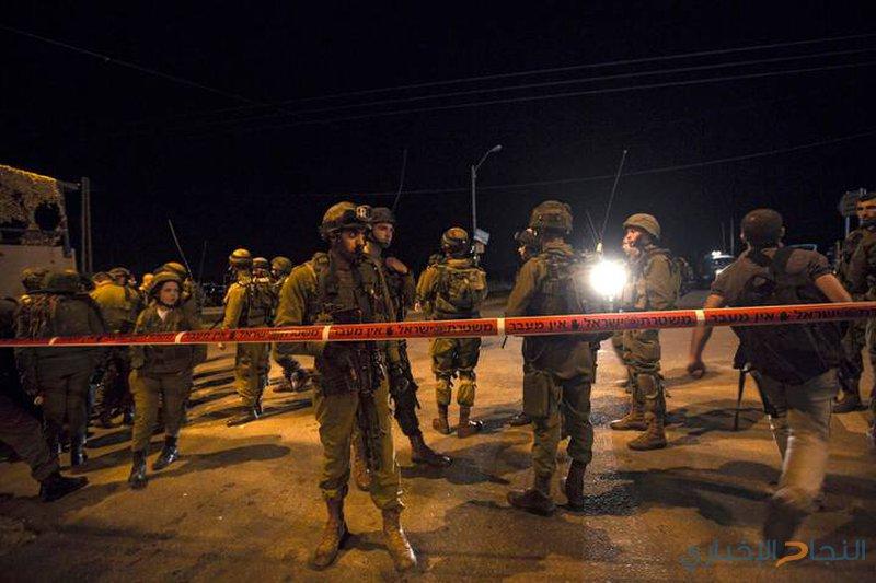 الاحتلال يغلق طرقًا غرب نابلس بعد حادثة إطلاق نار