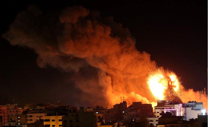 معاريف: احتمالية تصعيد الاحتلال ضد غزة تزداد قبل الانتخابات