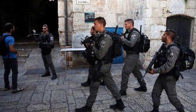 الاحتلال يعتقل مقدسي في البلدة القديمة بالقدس