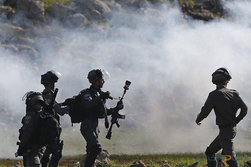 الاحتلال يدعي إلقاء قنبلة نحو قواته شرق قطاع غزة