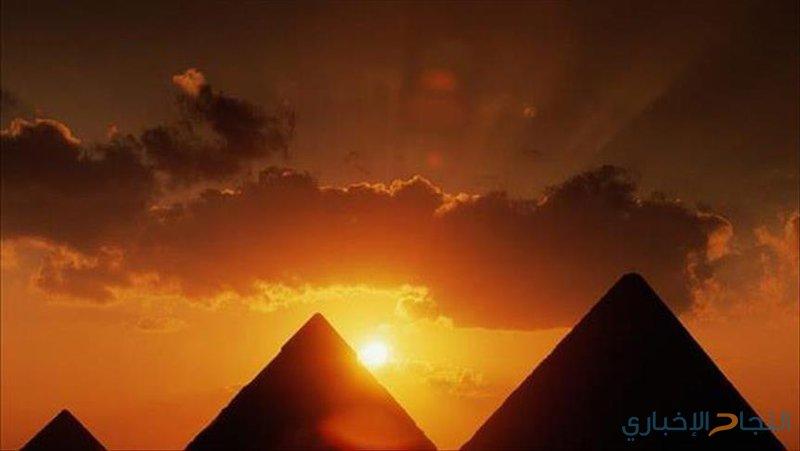 مصر تعلن حل لغز نقل أحجار الأهرامات