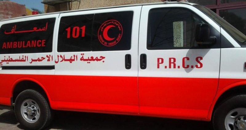 اصابة طفلة بجراح بعد تعرضها للدهس في يطا