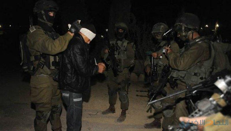 الاحتلال يعتقل مواطنين من رامين في طولكرم