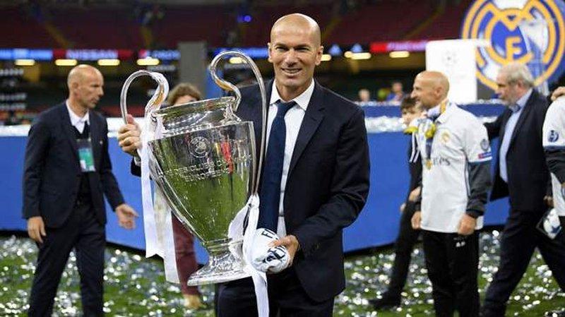 زيدان يعود لتدريب ريال مدريد  من جديد