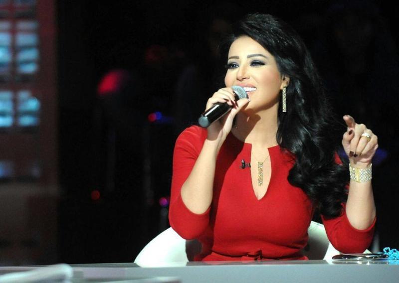 سمية الخشاب تدعم المرأة في أغنيتها الجديدة بعد تعرضها للعنف