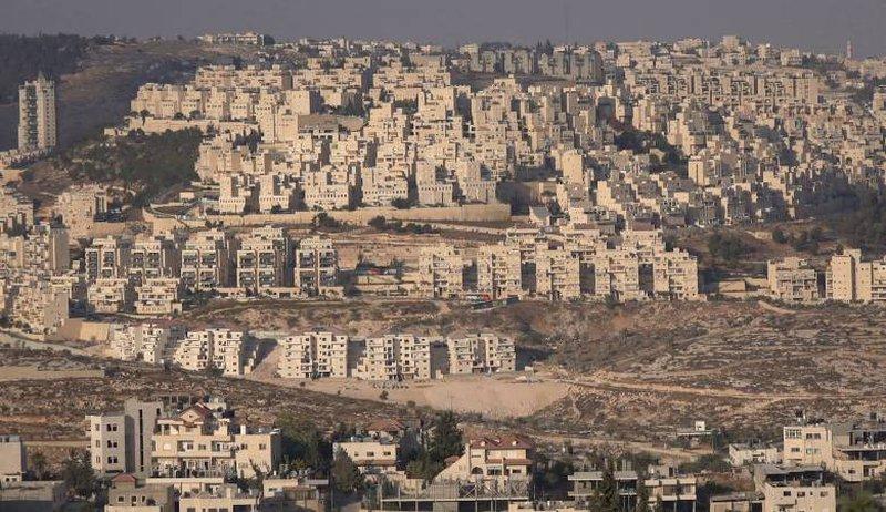 """توسعة في مستوطنة """"يتسهار"""" على حساب أراضي المواطنين في حوارة"""