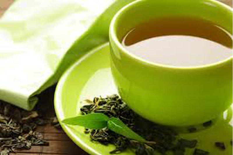 دراسة: الشاي الأخضر يحارب السمنة ومخاطرها الصحية