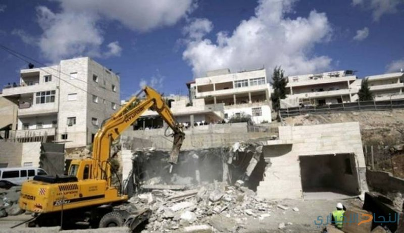 الاحتلال يهدم منزلا في بلدة عناتا