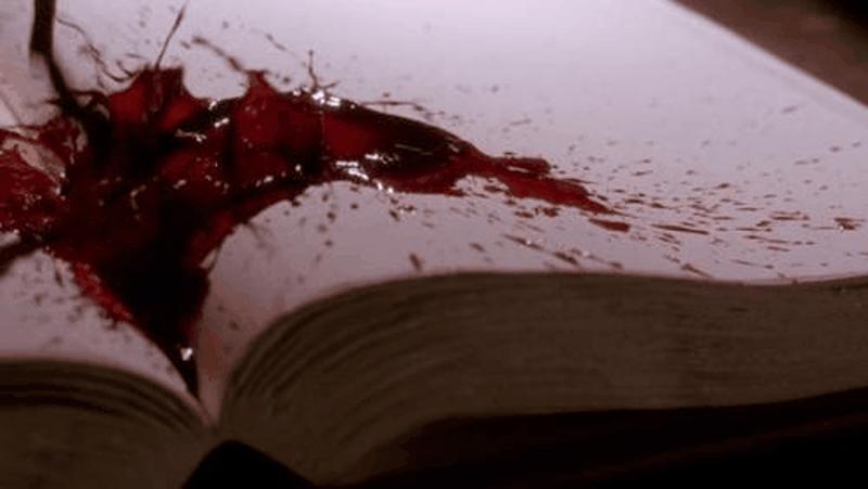 """إسرائيلي يُعدم الكلمات في كتابه """"تاريخ الشعب الفلسطيني"""".. أوراقه فارغة !!"""