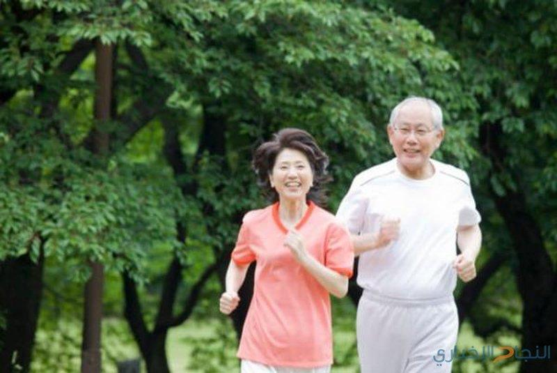 لماذا تصعُب خسارة الوزن بعد سن الخمسين؟