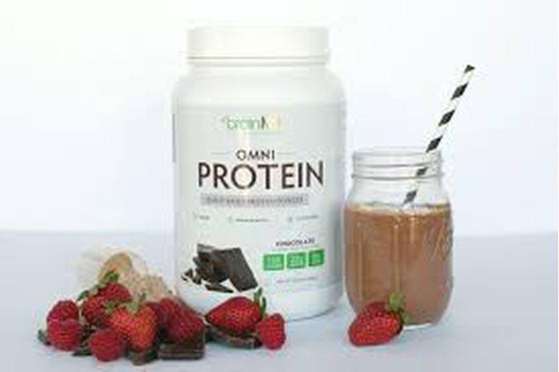 هل تناول البروتينات في وقت متأخر يؤثر على بنية العضلات