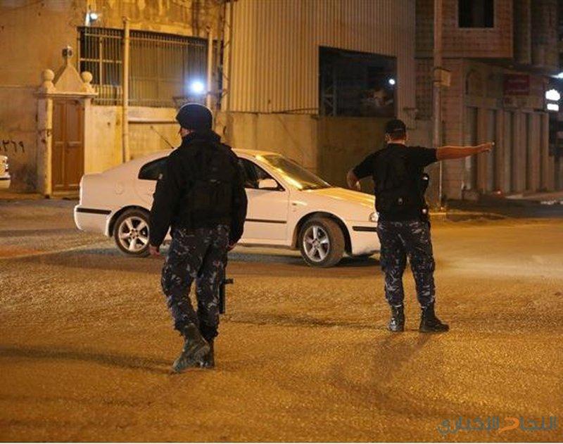 اعتقال فارّين خطيرين خلال حملة أمنية في الخليل