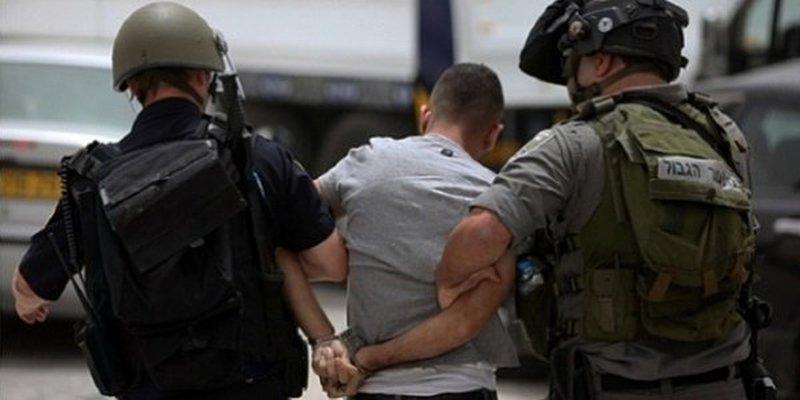 الاحتلال يعتقل شابا من جنين
