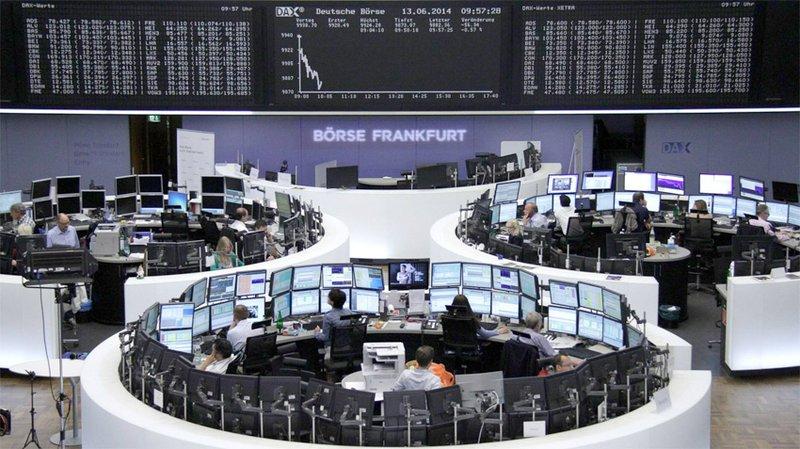 خسائر لقطاع السيارات تدفع سوق الأسهم الأوروبية للتراجع