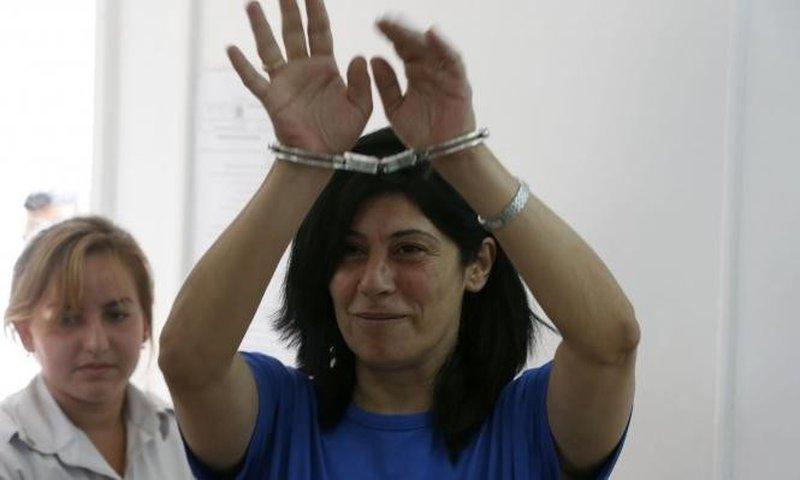 جرار: إنتهاكات جسيمة تتعرض لها الأسيرات داخل سجون الاحتلال